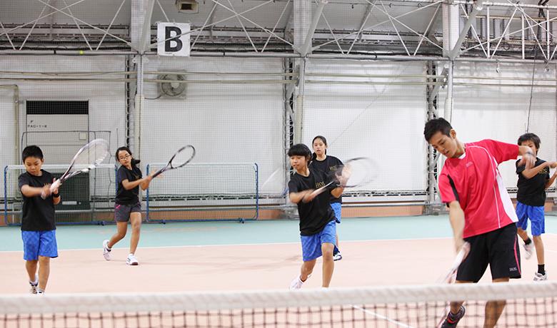 tennis-j1